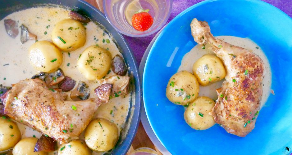 Coq au vin blanc with dumplings